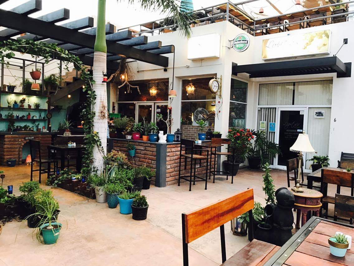 Colibrí Restaurant & Bar